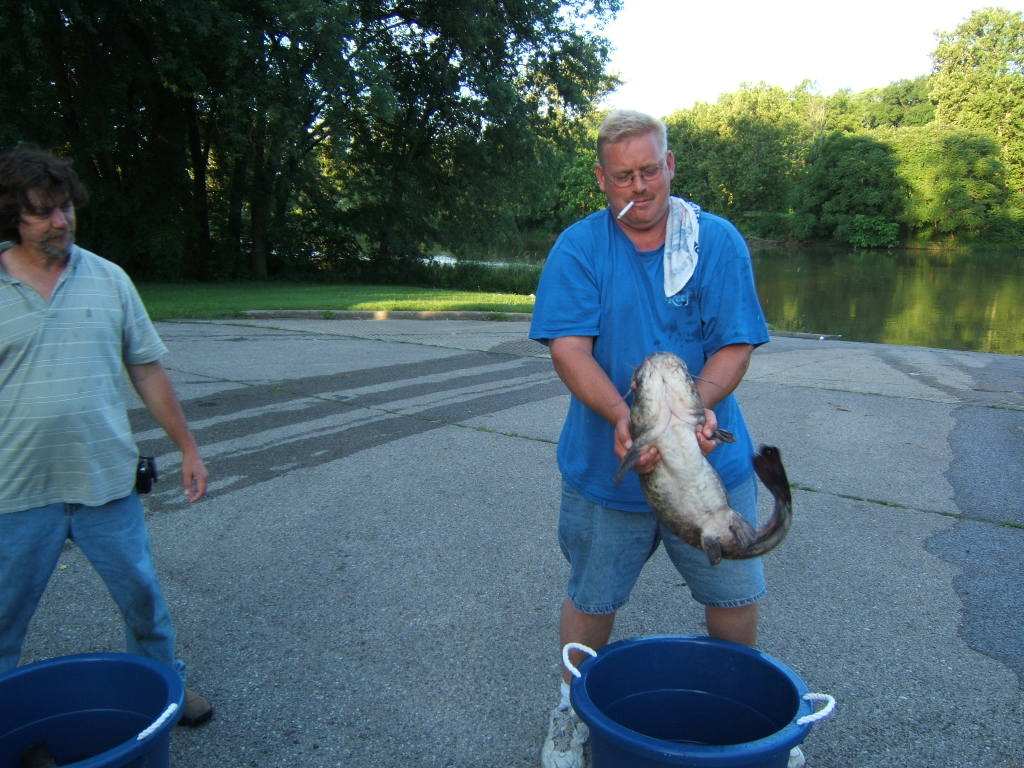 Catfish tournaments hosted by indy cats for Indiana fishing license online